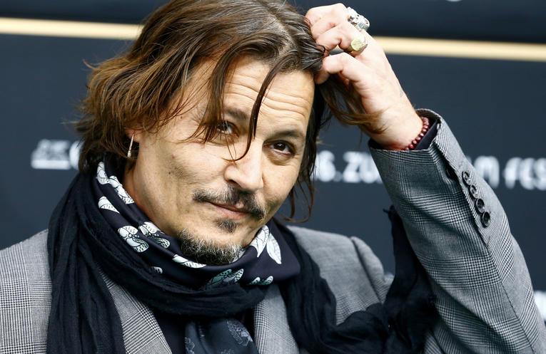 Johnny Depp quitte Les Animaux Fantastiques